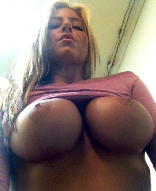 Hot big boobs under
